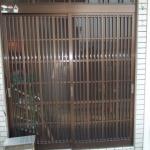 よくある引違戸の玄関引き戸でした。
