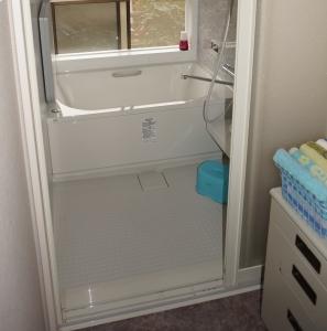 リクシル製、キレイユ、1216タイプ、浴室乾燥暖房機付、2枚引き違い戸