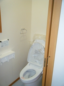 2階トイレ、片引き戸